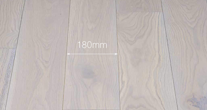 Luxury Silk Grey Oak Solid Wood Flooring - Descriptive 3