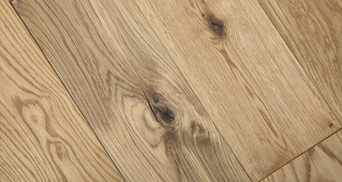 Luxury Natural Bourgoyne Oak Brushed & Oiled Solid Wood Flooring - Descriptive 2