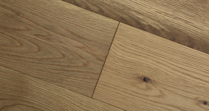 Luxury Natural Bourgoyne Oak Brushed & Oiled Solid Wood Flooring - Descriptive 4