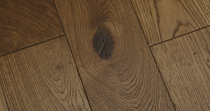 Luxury Georgian Oak Solid Wood Flooring - Descriptive 2