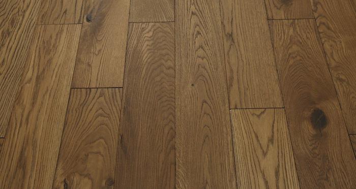 Luxury Georgian Oak Solid Wood Flooring - Descriptive 5