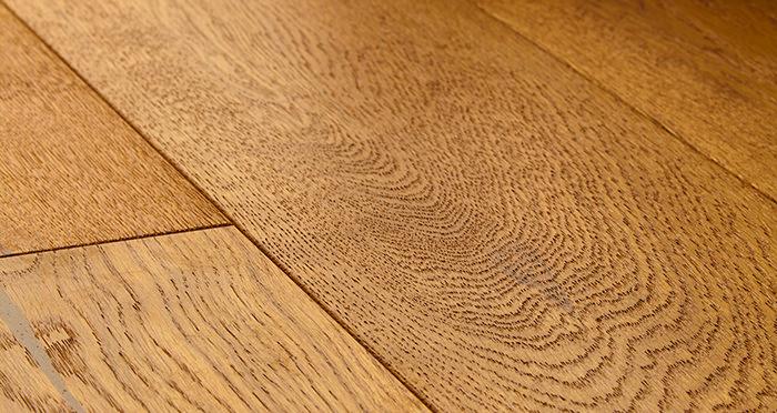 Old Country Antique Golden Oak Brushed & Oiled Engineered Wood Flooring - Descriptive 1
