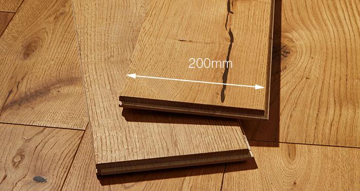 Prestige Golden Oak Solid Wood Flooring - Descriptive 3