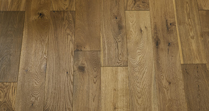 Loft Summer Oak Brushed & Oiled Engineered Wood Flooring - Descriptive 2