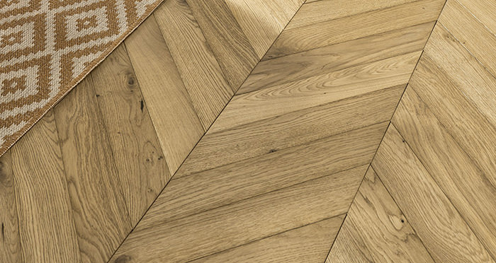 Cambridge Chevron Natural Oak Brushed & Oiled Engineered Wood Flooring - Descriptive 4