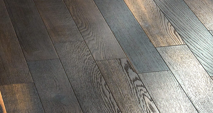 Salcombe Smoked Ember Oak Engineered Wood Flooring - Descriptive 3