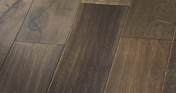 Manhattan Cellar Oak Brushed & Lacquered Engineered Wood Flooring - Descriptive 3