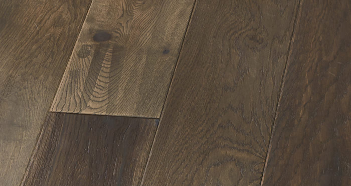 Manhattan Cellar Oak Brushed & Lacquered Engineered Wood Flooring - Descriptive 8