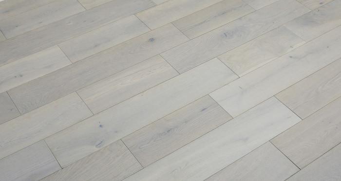 Frozen Oak Brushed & Lacquered Engineered Wood Flooring 125mm - Descriptive 5