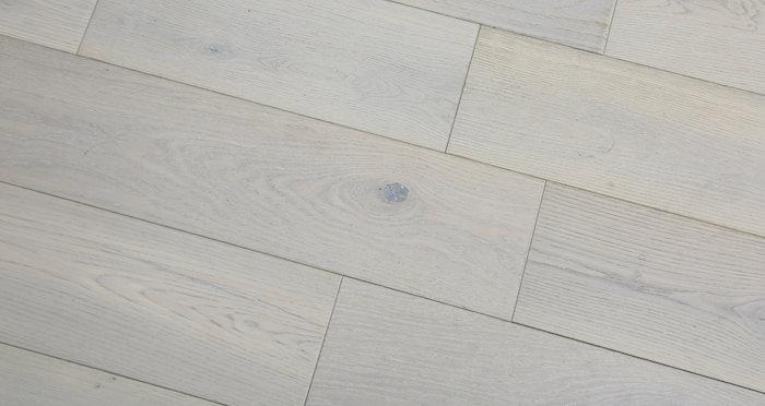 Frozen Oak Brushed & Lacquered Engineered Wood Flooring 125mm - Descriptive 6