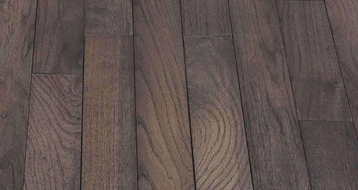 Classic Oak Espresso Brushed & Oiled Solid Wood Flooring - Descriptive 2